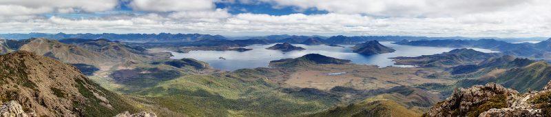Lake Pedder From Mt Eliza - Roadtrip po Tasmanii - atrakcje, noclegi, informacje praktyczne [PORADNIK]